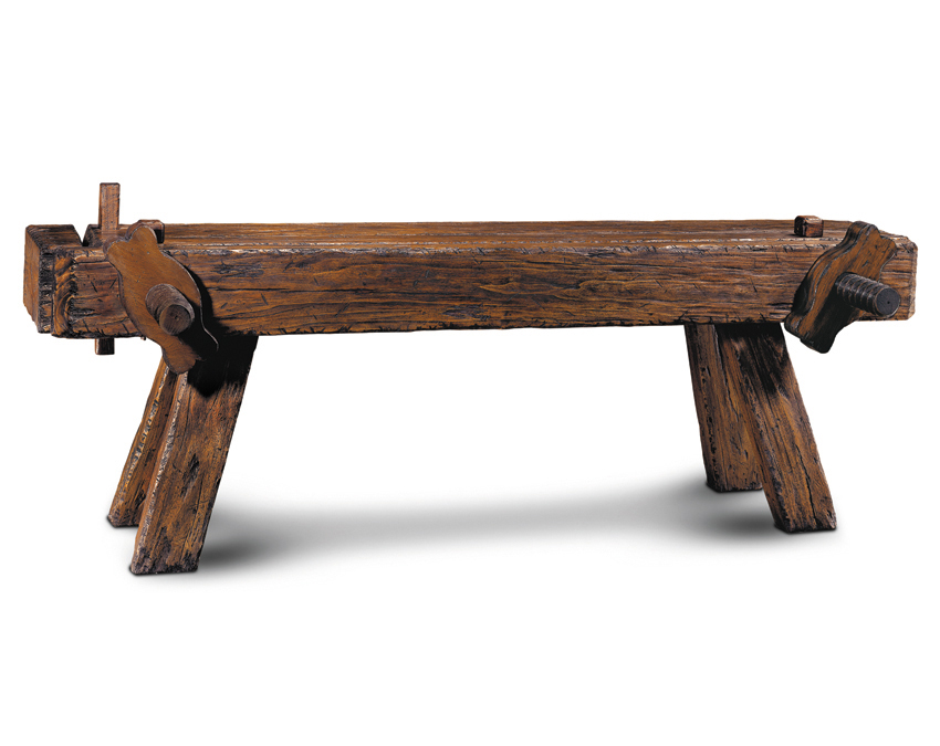 CARPENTERÂ«S BENCH
